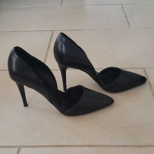 Saks Fifth Avenue Sexy Black Stiletto Pumps